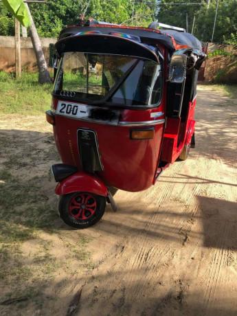 bajaj-three-wheeler-sale-big-3