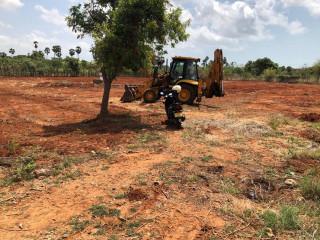 Land for sale in Maviddapuram