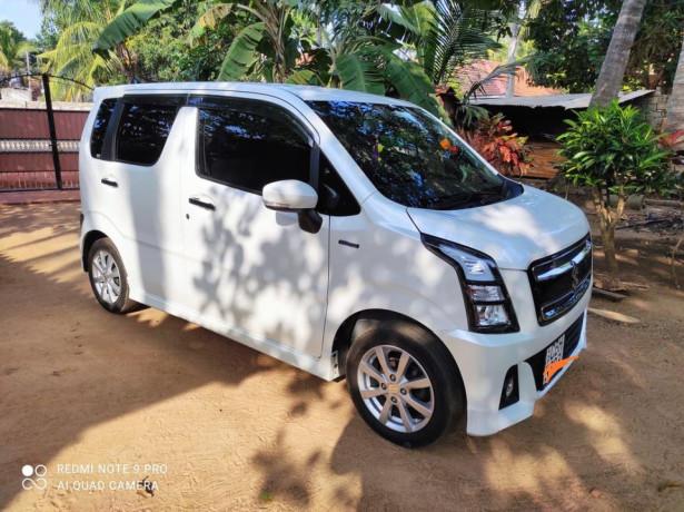 suzuki-wagon-r-stingray-big-1