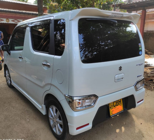 suzuki-wagon-r-stingray-big-3