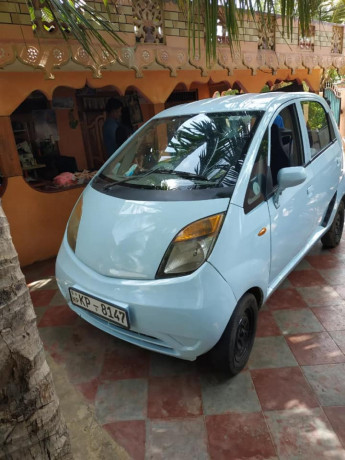 nano-car-sale-or-change-big-2
