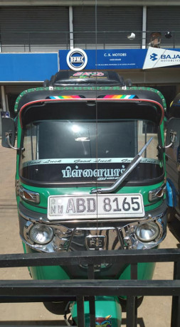 bajaj-re-4-stoke-three-wheeler-for-sale-big-0