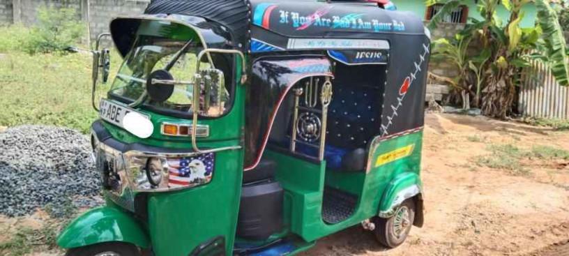 three-wheeler-for-sale-in-jaffna-big-0