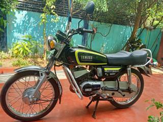 Yamaha RX 100 bike for sale