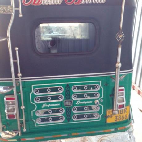 bajaj-three-wheeler-for-sale-in-kilinochchi-big-3
