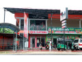 mj-clothing-branded-showroom-small-4