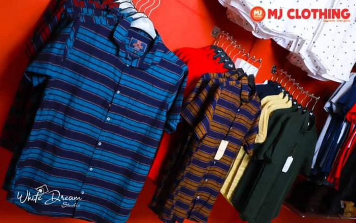 mj-clothing-branded-showroom-big-2