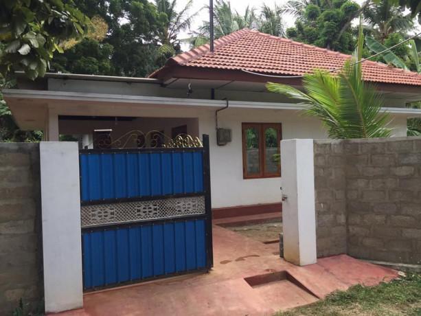 house-with-land-for-sales-at-sabapathy-lane-jaffna-big-0